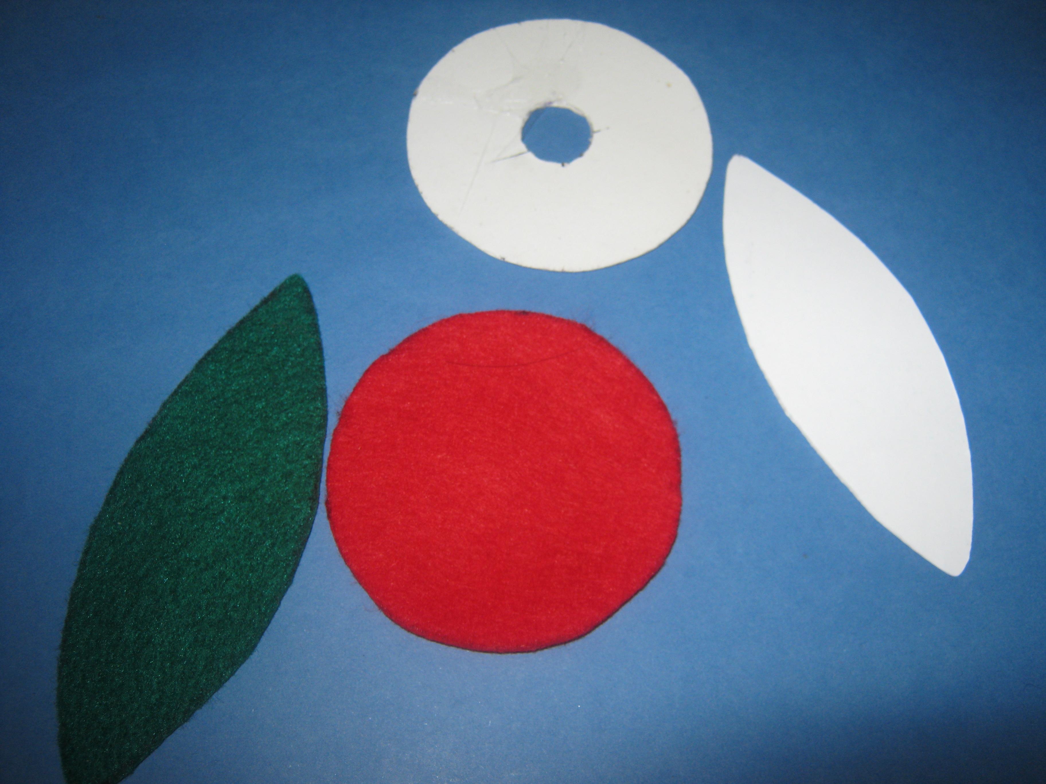 Buat bintik-bintik hitam untuk aplikasi biji semangka