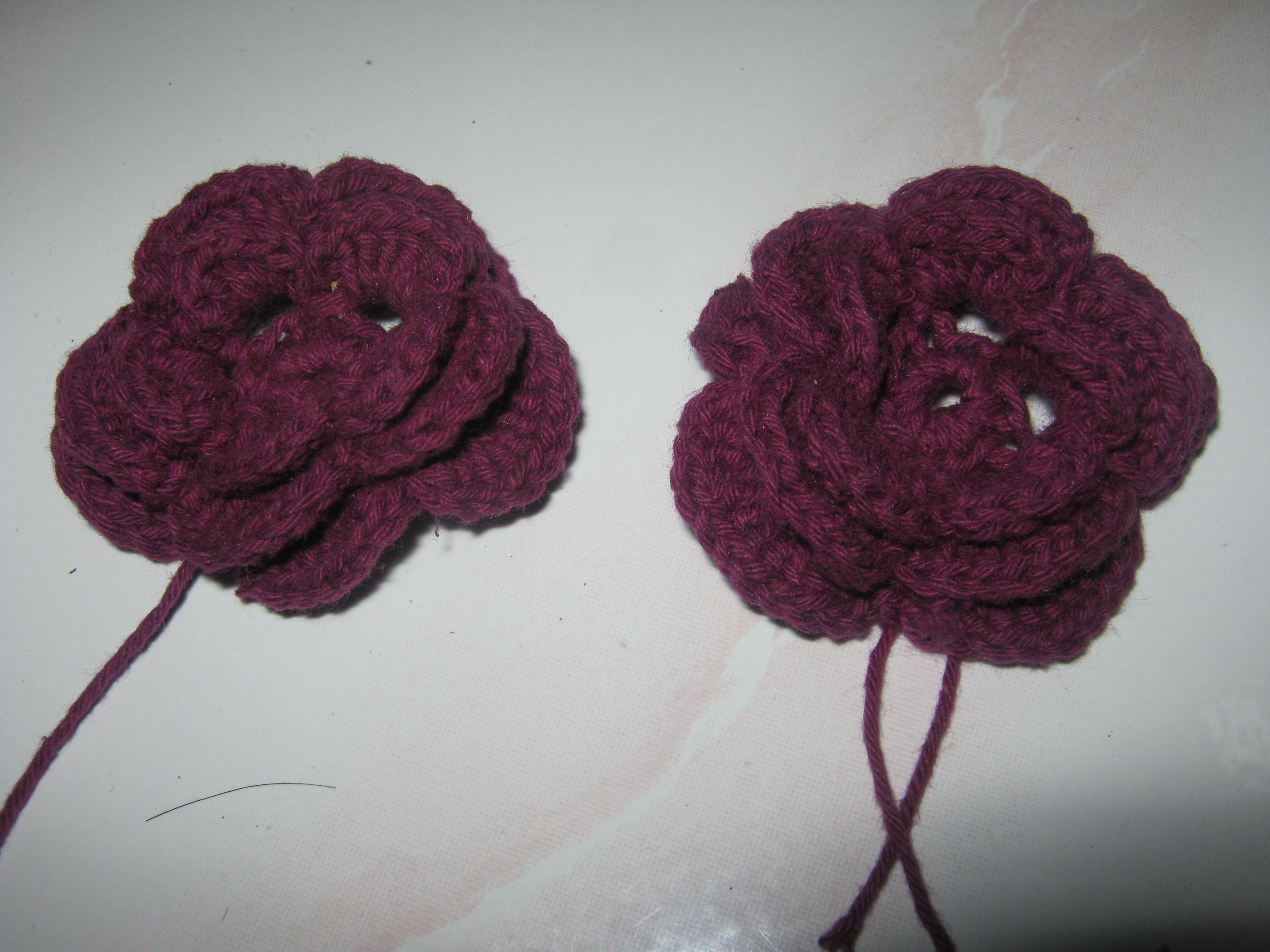 Hasil belajar selanjutnya, buat 'Heart Crochet. Saya pake benang